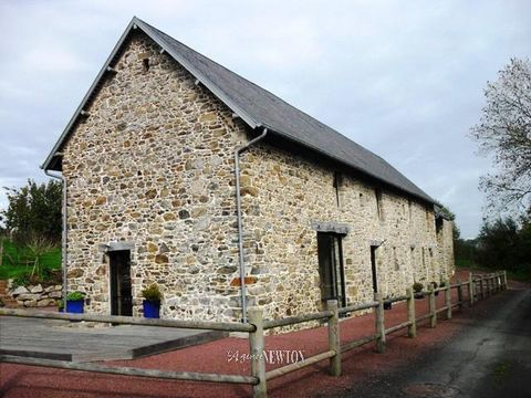A rare find, a south facing house that feels like its in the countryside yet is only 10 mins walk from the centre of Coutances. This fully renovated stone home has views across fields to the Cathedral and enough garden for a chickens and maybe a shee...