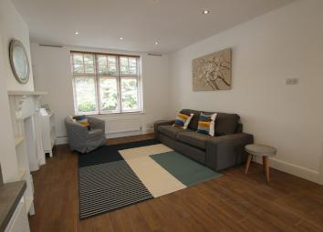 FHP Living are delighted to offer this brand new refurbished 1st floor apartment set in a quiet street in Alexandra Park, yet within quick and easy access to Nottingham city centre. The apartment has undergone a complete refurbishment to include new ...