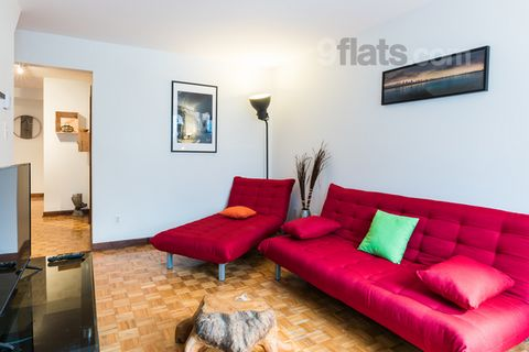 Free WiFi throughout the property, Le Saint Germain is located in Montréal, 2 km from Montreal Biodome. Saputo Stadium is 2.4 km away. All units include a seating and dining area. Some units feature a balcony and/or patio. There is also a kitchen, fi...