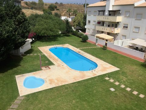 Duplex 2+2 bedroom apartment with 88m2 on 2nd floor in the center of Albufeira. Typology T4 (2 + 2); Composition: 2 bedrooms, equipped kitchen with balcony and barbecue, 1 bathroom, 1 living room. Upper floor (attic) 2 further bedrooms, 1 large livin...