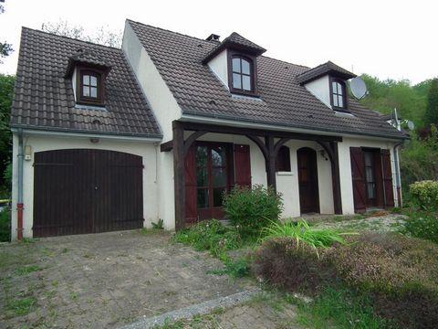 SOISSONS Proche commodités, House 5 Room (s) 110 m², Land 900 m², 3 Bedrooms