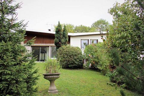 VILLENNES SUR SEINE Centre ville, House 8 Room (s) 159 m², 2 Floors, Land 1100 m², 5 Bedrooms