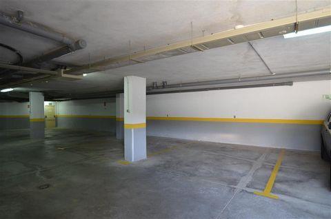 Parking space outside Estepona. Size: 3.75m x 4.75m