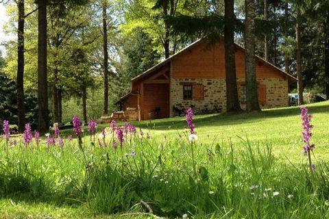 Le village de vacances Le Hameau de la Maridèle se situe dans le Parc Régional Naturel du Périgord Limousin, à 40 km au sud-ouest de Limoges. Le Hameau de la Maridèle et ses 12 hectares sont la destination de vacances idéale pour tous les amateurs de...