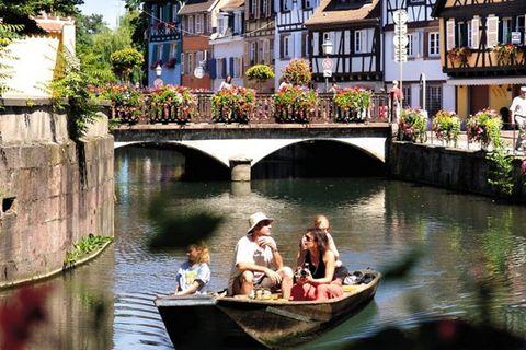 En plein cœur de Colmar, vous trouverez le quartier magnifique et pittoresque de « La Petite Venise ». Ce quartier se caractérise par ses ruelles étroites et ses maisons richement colorées le long de la rivière Lauch. Deze wijk ligt, net als allerlei...