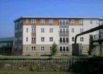 PROPERTY DESCRIPTION Stunning two bedroom apartment in the centre of Shipley, enjoying spacious accommodation with large garden veranda area with fabulous panoramic views. Close to Shipley town centre with its bus and train links for easy commuting t...