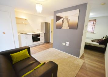 ALL INCLUSIVE BILLS!!Martin & Co are delighted to offer this modern one bedroom furnished ground floor apartment situated on a modern complex close to Hanley town centre. The property which benefits from allocated parking comprises of lounge/kitchen,...