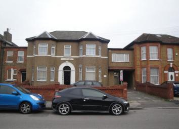 Everest Independent Estate agents are pleased to offer to the rental market, this Spacious Studio Flat with Separate Kitchen and Large Bedroom/Reception Room In Goodmayes This property is located on Broomhill Road and within short walk to Goodmayes S...