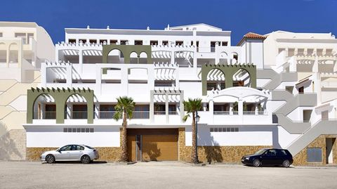 Fantastic private residential formed by apartments of 2 or 3 bedrooms in Xeresa, a few minutes from the beaches of Gandia. The houses have appliances, garage, storage room and spacious terraces to enjoy the Mediterranean atmosphere. You'll also find ...