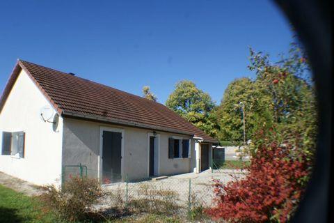ARC ET SENANS Centre ville, House 5 Room (s) 118 m², Land 994 m², 3 Bedrooms
