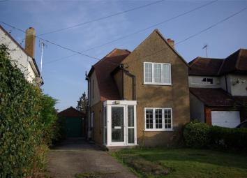 Keeleys are delighted to offer this detached two bedroom property located in the popular area of Heybridge.The property has been redecorated throughout and benefits from a new kitchen, bathroom and carpets throughout. There is ample parking with the ...