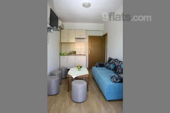 The Apartments Villa Ruža are located in a town Vodice in Šibenik region. Because of pebble and sandy beaches Vodice has become one of the most popular tourist destinations in Croatia. The Apartments Villa Ruža features eight units, two studio apartm...