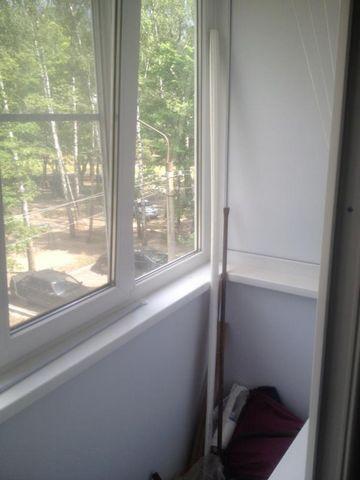 Отличная квартира, только после ремонта! Средний этаж, балкон застеклен.