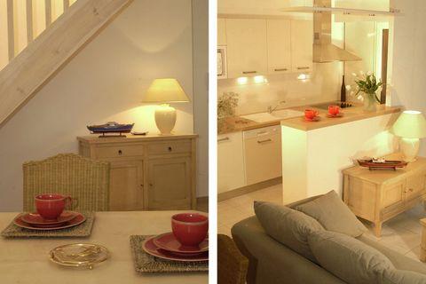 Les appartements de la petite Résidence Villa d'Este ont un mobilier moderne et disposent d'un balcon ou d'une terrasse. Il y a différents appartements, situés au rez-de-chaussée ou au premier étage. Un de ces appartements est le type FR-33120-10 (4 ...