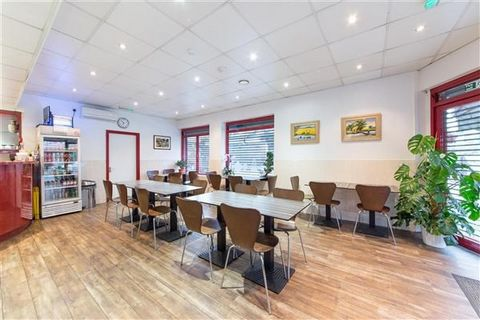 A unique opportunity to purchase a freehold property with restaurant and 2 flats with separate entrance in the heart of Chapel Market N1. Accommodation comprises a restaurant shop with 16 covers plus basement kitchen with food lift and cold storage. ...