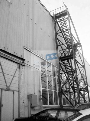Производственно-складской комплекс общей площадью строений 11400 кв.м., расположенный на земельной участке 2,26 га на ул.Нансена. Комплекс включает в себя административный корпус, 2 крупных производственных здания, более 5 складских строений и прочие...