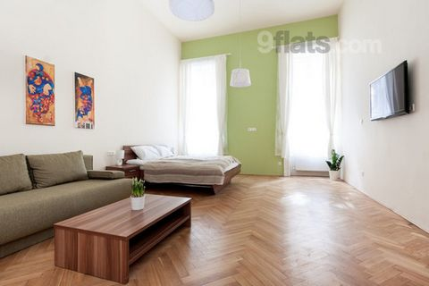 We are offering a recently remodeled apartment close to Danube, in the old town of Budapest. City highlights, restaurants, bars are in walking distance, mostly in pedestrian areas. Our apartment is perfect for relaxing after a long day in the city. T...