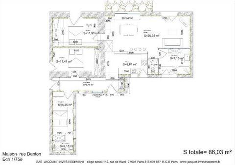 MONTLUCON, bien rare, maison de plain-pied située rue Danton. Après rénovation la villa aura une superficie de 85 m² et bénéficiera de 3 chambres dont une avec salle d'eau, une salle de bain, un WC séparée. Le salon/ séjour avec une cuisine américain...
