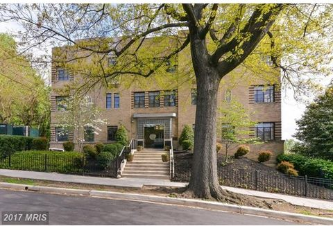 Totally renovated studio offers period details with classic warehouse windows, in unit w/d combo, central air, stainless steel appliances w/gas range, and stunning views with tons of natural light. Less than 1 block from Cleveland Park Metro, grocery...