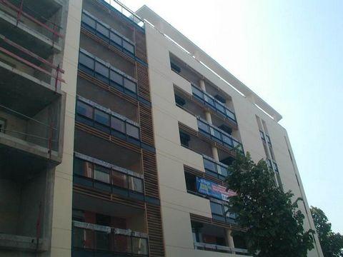 Valence, Centre ville, VIA HUGO, Beau T3 standing, au 6etage ascenseur, chauffage gaz, 2 chambres, cuisineintgre, terrasse, garage