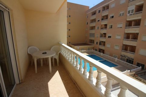 - APARTMENT IN TORREVIEJA - TWO BEDS, ONE BATHROOM - FULLY FURNISHED - CENTRAL LOCATION - POOL VIEWS - SECURE APARTMENT BLOCK