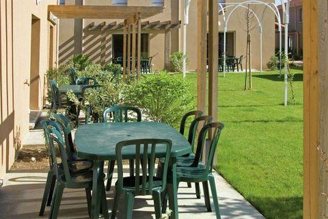Le parc de vacances Le Clos des Vignes se trouve dans la pittoresque ville de Bergerac. Le cœur de la vieille ville est parsemé d'agréables ruelles bordées de nombreuses maisons à colombages. Bergerac compte différents musées, dont le Musée du Vin et...