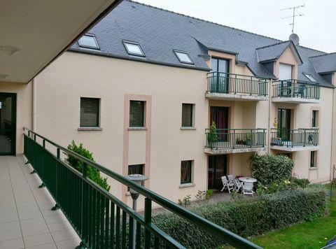 LA GUERCHE DE BRETAGNE Centre ville, Appartement T2 2 Room (s) 46 m², 2nd Floor, 1 Bedroom