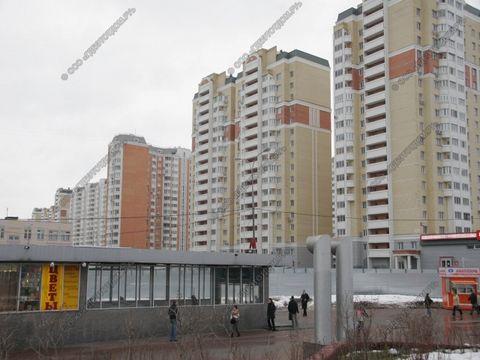 Продается 4-х комнатная квартира с перспективой перевода в коммерческую недвижимость для открытия собственного бизнеса.Есть возможность сделать отдельный вход, до станции метро 70 метров