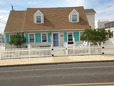 Make yourself at home in this cozy beach house only one block from the ocean. Home has everything you need for a perfect beach vacation. Located in a quiet neighborhood on corner lot with fenced in patio area which is perfect for evening dining.