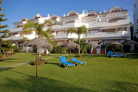 Very conveniently located three bedroom apartment right on the beach of Elviria, one of Marbella´s finest beaches. The apartment is located in the complex of Marbella Playa, on the first floor with sea views. The distance to the beach and amenities i...