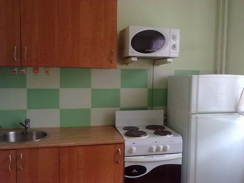210-6 Лариса . Сдается комната в трёхкомнатной квартире. Сдается впервые. Все очень прилично в квартире. Для прямых клиентов скидка. Гражданская 3-я ул 2, Этаж 5/9, общая пл. 62, жилая пл. 11, кухня 8, городской телефон, интернет, вся мебель, стираль...