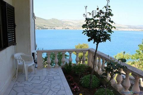 Three-Bedroom Apartment with Sea View Terrace is located on the first floor of the house. This apartment of 90m2 offers you three bedrooms, bathroom, extra toilet, living room, dining area and kitchen. Free Wi-Fi, SAT TV, Air Condition, Parking and L...