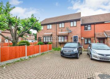 Christopher Stokes are delighted to welcome to the market this WELL PRESENTED THREE BEDROOM MID TERRACE house located in West Cheshunt. Benefits include ALLOCATED PARKING and a SPACIOUS LOUNGE. Call today to avoid disappointment and arrange your view...