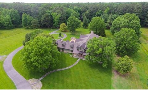 This one of a kind 219 Acre Shore Estate is truly designed with its attention to detail and located within minutes from the Atlantic Ocean and the Chesapeake Bay. Conveniently located to the Salisbury Airport. There's over 7500 sq. ft. plus a 4500 sq...