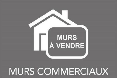 LUCON COEUR DE VILLE ET PROCHE LYCEES LOCAL 250M² AVEC BUREAU POSSIBILITE LOFT A PRIX COMPLETEMENT FOU! - 45000€ - Les honoraires sont à la charge du vendeur. Contactez Franck AUBRET, Agent commercial OptimHome (RSAC N°433517430 Greffe de LA ROCHE SU...
