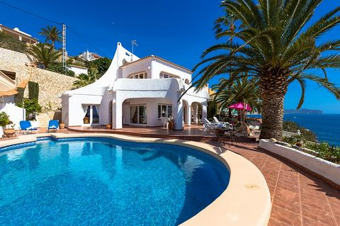 This nicely furnished and fully-equipped villa can be found in the small coastal town of Benissa, Costa Blanca. It is located right next to the beach, with views of the sea and mountains. The house is situated in a charming neighborhood next to the s...