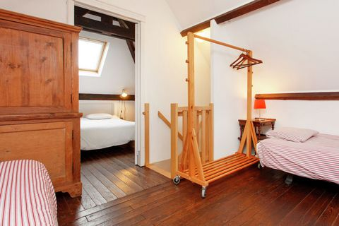 LOrangerie is a holiday home consisting of two parts, so that you have two living rooms and multiple bathrooms. The interior is very stylish and personal. The charming kitchen/living room is unique. Each living room has a wood stove which assures won...