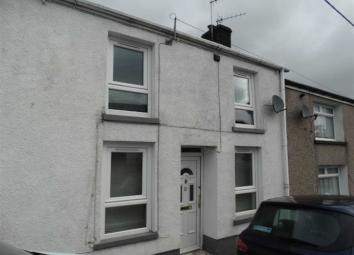 Apex are pleased to offer for let this attractive 2 bedroom