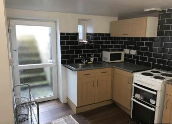 this is a lovely one bedroom flat located minutes walk from the main road into and out of town. fully furnished. comprising open plan kitchen lounge. kitchen has all the white goods. lounge has sofas and coffee table. bedroom has a double bed with sp...