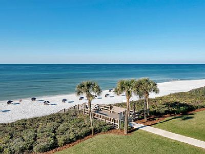Nestled atop a dune, The Palms at Seagrove offers guests large one bedroom, two bath units that are perfect for a great family vacation. Located in central Seagrove Beach allows easy access to local shops and restaurants.