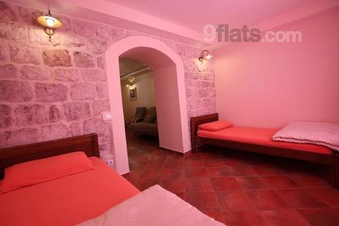 Skadar Lake Apartment offers accommodation overlooking Skadar Lake. Located in the centre of Rijeka Crnojevića Village, one of the oldest places in Riječka Nahija, and is set on the gastronomic and wine route. Guests can make use of the shared barbec...
