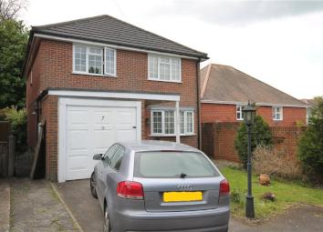 A FOUR BEDROOM DETACHED FAMILY HOUSE TUCKED AWAY IN A QUIET CUL-DE-SAC IN LANGLEY VALE Property A four bedroom detached house in semi rural location to Epsom Downs. The accommodation consists of 20ft lounge, a conservatory with doors leading out onto...