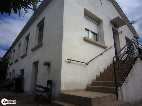 Gard (30) à vendre au c'ur de la ville d'Alès, secteur Clavières, une maison, entièrement rénovée de 90 m² habitable plus 90 m² en rez de jardin complètement aménageable, avec garage de 45 m² et salle indépendante de 45 m², le tout sur un terrain de ...