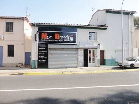 Narbonne. On main artery. Sells two local commercial and artisanal (Wall rented for sale). Surface 168m2 ground. Rental report 12000 euros ÂÂ? gross per year. 9% net profitability. Property tax: 1092 eurosÂÂ ?. To have. Contact your local agent: Pier...