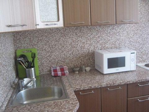 401-9 Оксана . Сдается комната в трёхкомнатной квартире. Сдается впервые. Все очень прилично в квартире. Для прямых клиентов скидка. Батайский проезд 27, Этаж 5/9, общая пл. 80, жилая пл. 17, кухня 12, городской телефон, интернет, вся мебель, стираль...
