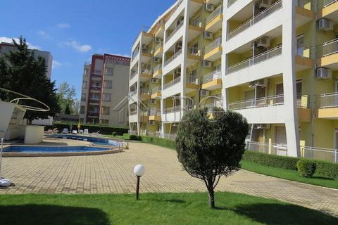 Burgas. Large studio with pool view for sale near Mladost Supermarket, Sunny Beach IBG Real Estates offers this furnished studio, located on the fourth floor in complex Sunset Beach 1, Sunny Beach. The complex is in the Southern part of Sunny Beach r...