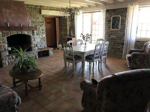 BAIN DE BRETAGNE Centre ville, House 6 Room (s) 150 m², Land 915 m², 4 Bedrooms
