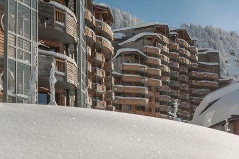 Dans cet appartement, il est possible de commander les petits pains pour le petit-déjeuner (contre paiement). Vous pouvez le faire le soir précédent à la réception. Après avoir fait du ski, vous pouvez ranger votre équipement de ski ou de snowboard d...