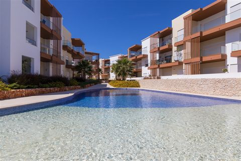 Located in Portimão. This is a brand new modern apartment on a lovely new development in which is one of the older original areas of Portimão, situated in a redevelopment area close to the river. The resort itself is not large and is made up of low r...