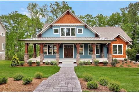 WELCOME TO THE SAVANNAH by Dumont Homes,LLC. Dumont has been building custom homes in the Richmond area for over 40 years. Known for quality and design that has been the center of their business for years they now are in Hallsley. This Model Home is ...